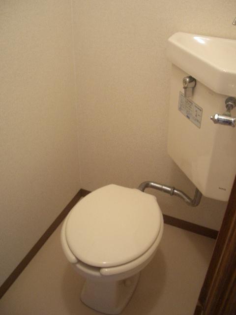 シンプルなトイレ(内装)